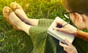 handwritten notes more mindful with paper