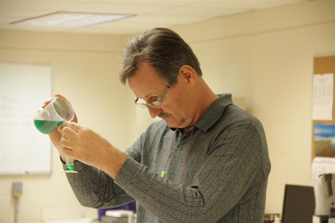 Paul Ducker, senior research scientist at EAM, helped design and refine absorbent materials.