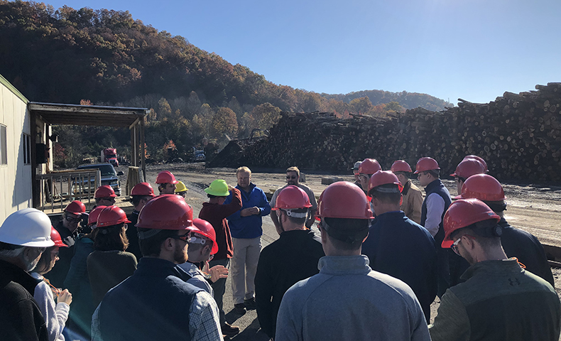 Customer Tours highlight paper production